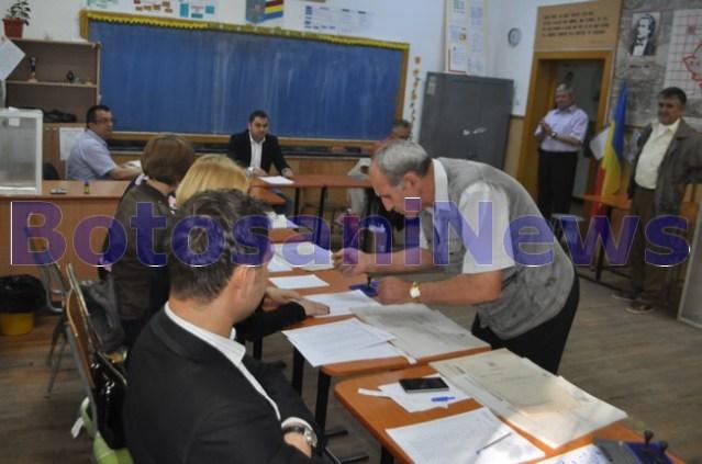 alegeri locale 2016- sectie de votare - urna - botosani