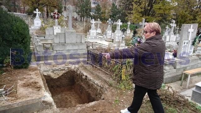 mormant-devastat-in-cimitirul-pacea-din-botosani