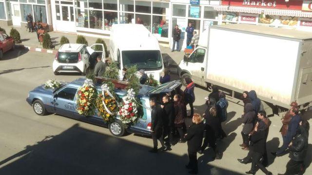inmormantare consilierul judetean Ionel Nenisca la Darabani - Botosani