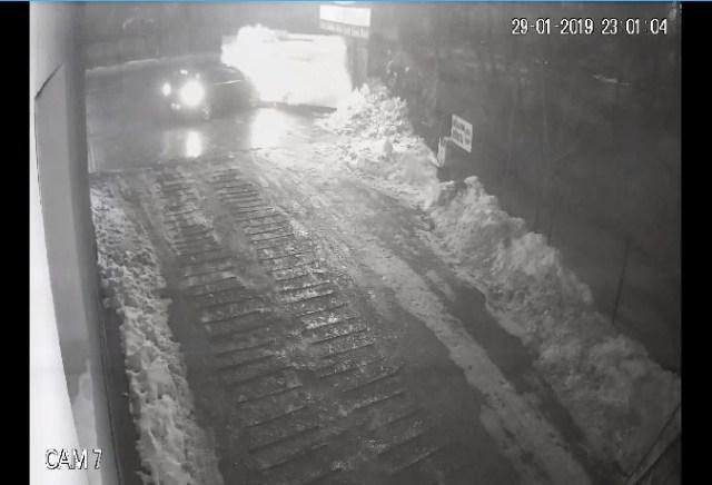 accident- a intrat cu masina in statia GPL din benzinaria Cristal din Botosani