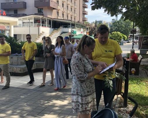 PNL Botosani a demarat o campanie de strangere de semnaturi pentru candidatura lui Iohannis 1