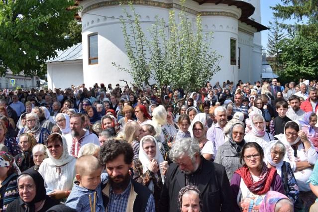 sfintire Biserica Sfantul Nicolae Botosani- IPS Teofan 3