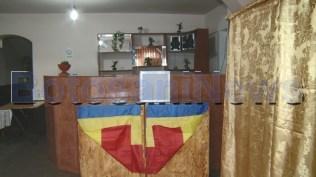 stiri, botosani, sectie de votare in bar, varfu campului, alegeri parlamentare 2020 (6)