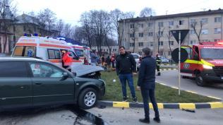 accident pe strada Uzinei in fata Lidl Botosani (8)