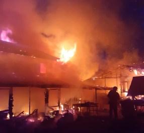 incendiu casa la Bodeasa- Saveni- Botosani (2)