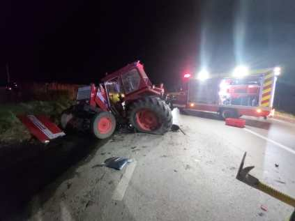 stiri, accident tractor (5)