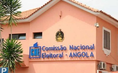 ANGOLANOS NA R.D.CONGO SAÚDAM VOTO NA DIÁSPORA