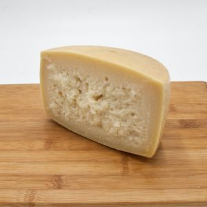 Raw Milk Riserva Pecorino cheese from Pienza