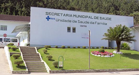 Unidade de Saúde da Família - Centro. Rua João Morelli, 05