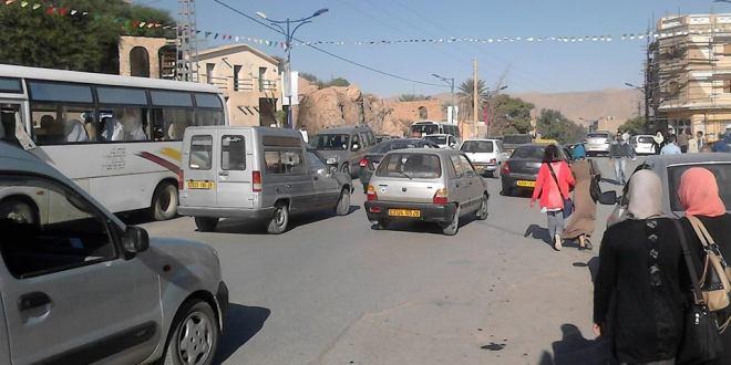 مواطنون يستغيثون في ظل غياب مديرية النقل