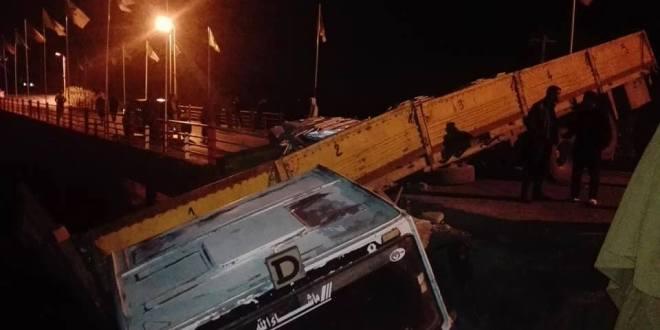 انحر اف شاحنة ببلدية الهامل يؤدي الى غلق الطريق على مستعمليها لساعات