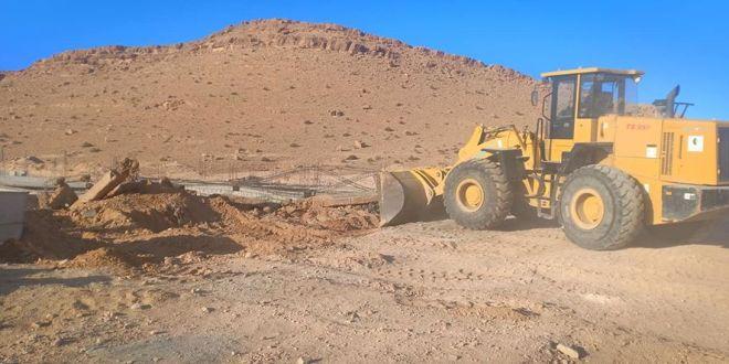 لجنة التعمير وتهيئة الإقليم تنفيذ قرارات هدم بحي الباطن طريق الجزائر  وفي حي مفدي زكرياء