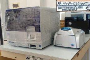 أستفادة ملحقة معهد باستور (المسيلة) بجهاز كشف الإصابات بفيروس كورونا PCR