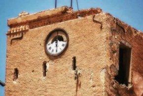 """بوسعادة .. حصن كافينياك """"برج الساعة""""  يتهاوى !"""