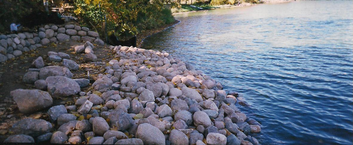RIVER BANK EROSION CONTROL SNAPSHOTS Maple Hill Forest