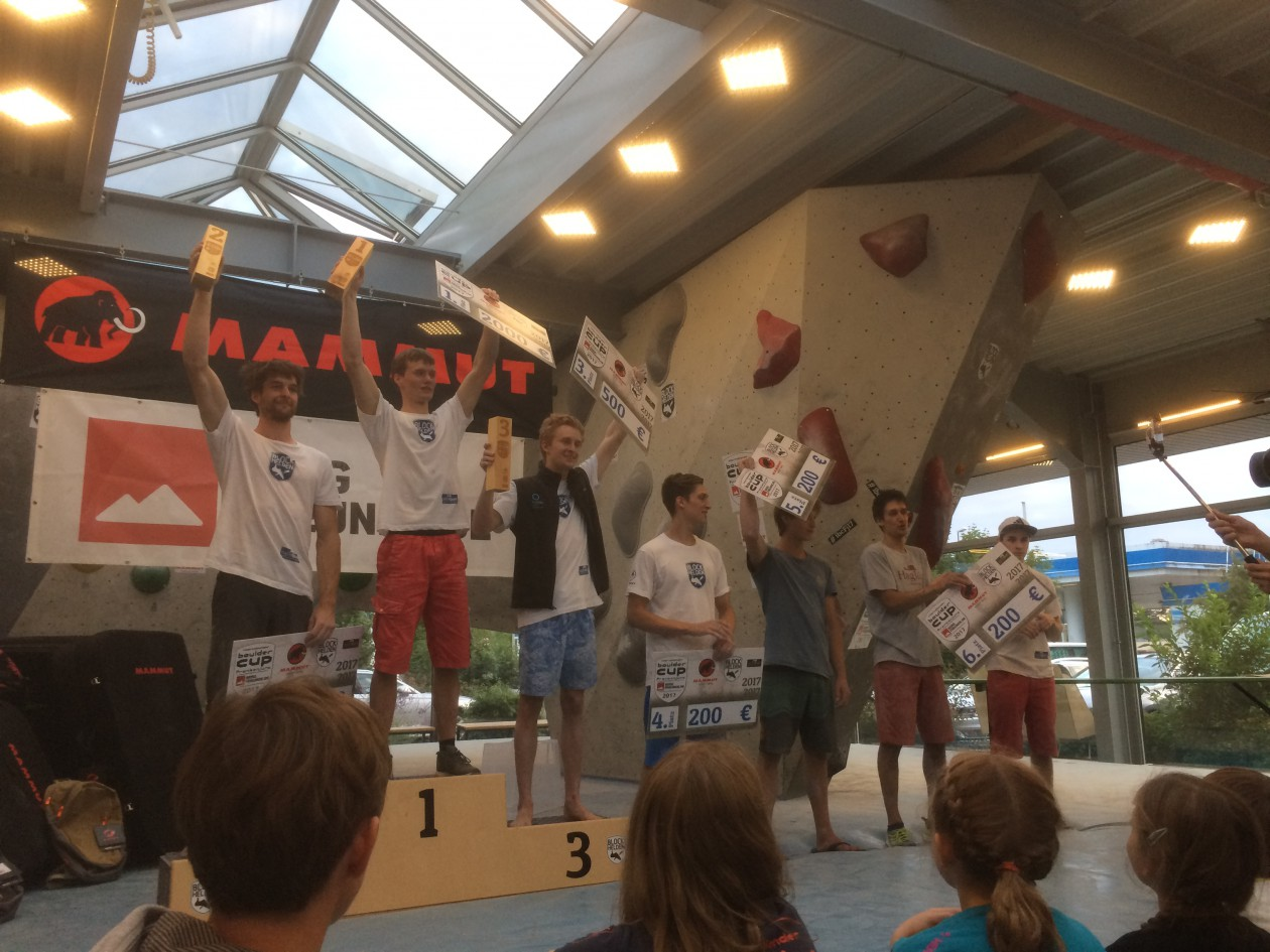 Unser Boulderwelt Athletenteam war in Erlangen auf dem Internationalen Bouldercup Frankenjura unterwegs.