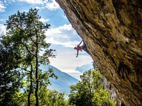 Boulderwelt Athlet Markus hohlt sich in Arco seine erste 8b