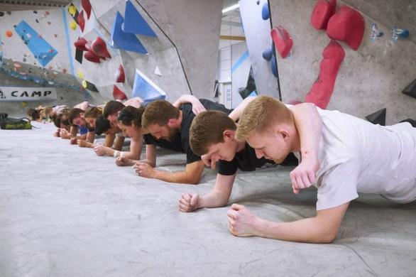 2018-Boulderwelt-Frankfurt-Bouldern-Klettern-Event-Veranstaltung-Spasswettkampf-day-of-the-boulder-DSF3682