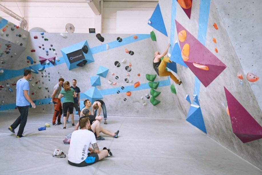 2018-Boulderwelt-Frankfurt-Bouldern-Klettern-Event-Veranstaltung-Spasswettkampf-day-of-the-boulder-MG_7669
