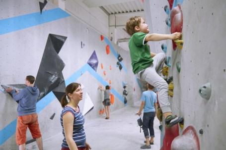 2018-Boulderwelt-Frankfurt-Bouldern-Klettern-Event-Veranstaltung-Spasswettkampf-day-of-the-boulder-MG_8060