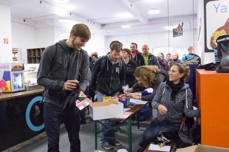 2016-boulderwelt-regensburg-event-spasswettkampf-soulmoves-sued-9-bouldern-klettern-1445