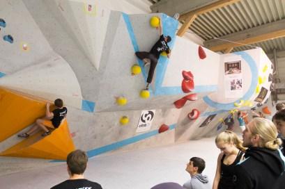 2016-boulderwelt-regensburg-event-spasswettkampf-soulmoves-sued-9-bouldern-klettern-1565