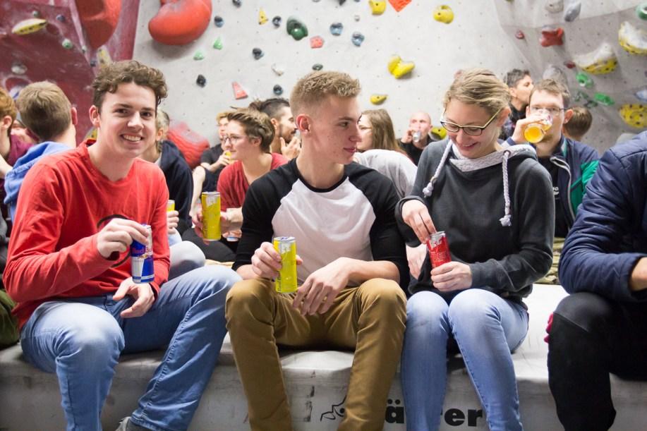 2016-boulderwelt-regensburg-event-spasswettkampf-soulmoves-sued-9-bouldern-klettern-1765