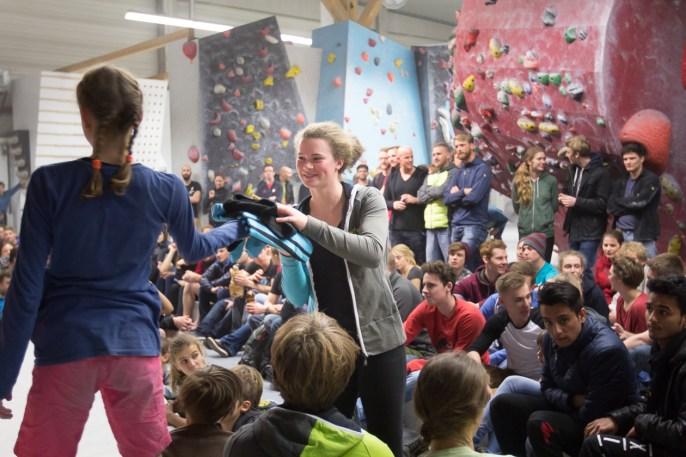 2016-boulderwelt-regensburg-event-spasswettkampf-soulmoves-sued-9-bouldern-klettern-1795