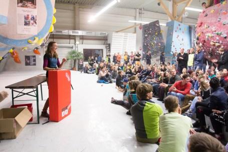 2016-boulderwelt-regensburg-event-spasswettkampf-soulmoves-sued-9-bouldern-klettern-1815