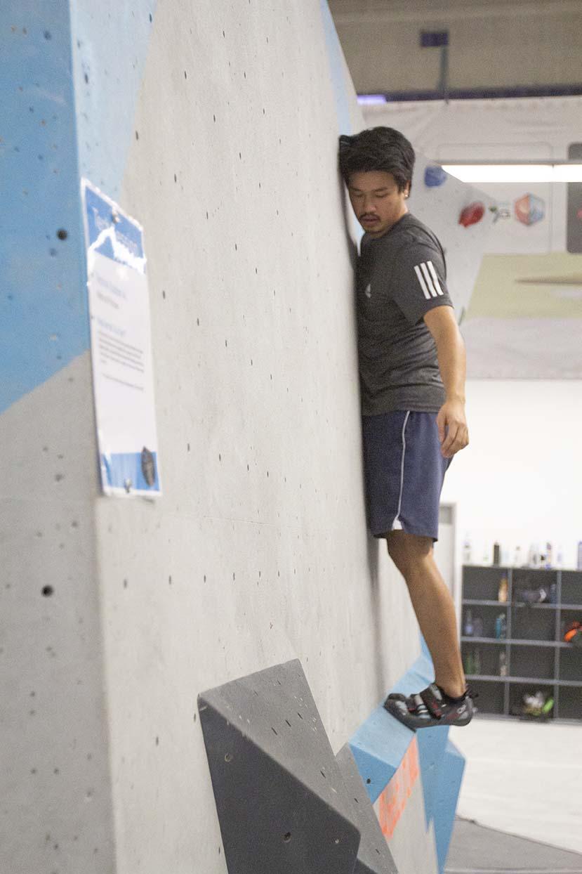 Gratis Techniken erlernen und von unserer Routenbau udn Trainer Crew coachen lassen bei der Tech Session in der Boulderwelt RegensburgGratis Techniken erlernen und von unserer Routenbau udn Trainer Crew coachen lassen bei der Tech Session in der Boulderwelt Regensburg