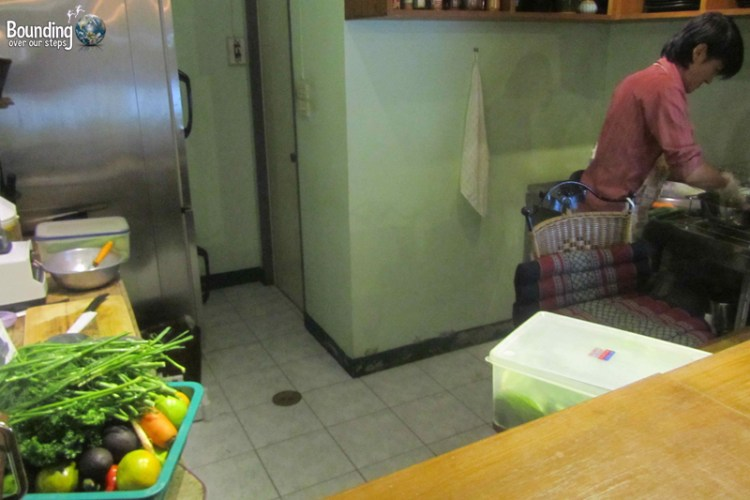 Open kitchen at Giva Raw Vegan Restaurant
