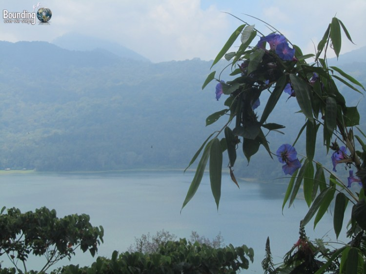 Singaraja to Ubud in a Fruit Truck - Lake Buyan