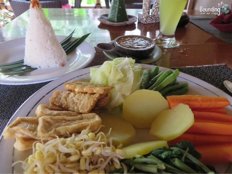 Taruna Homestay - Pemuteran, Bali - Pecel