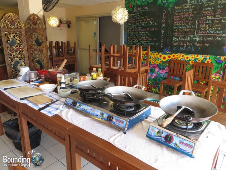 Vegetarian Cooking Class - Anchan Restaurant - Cooking Stations