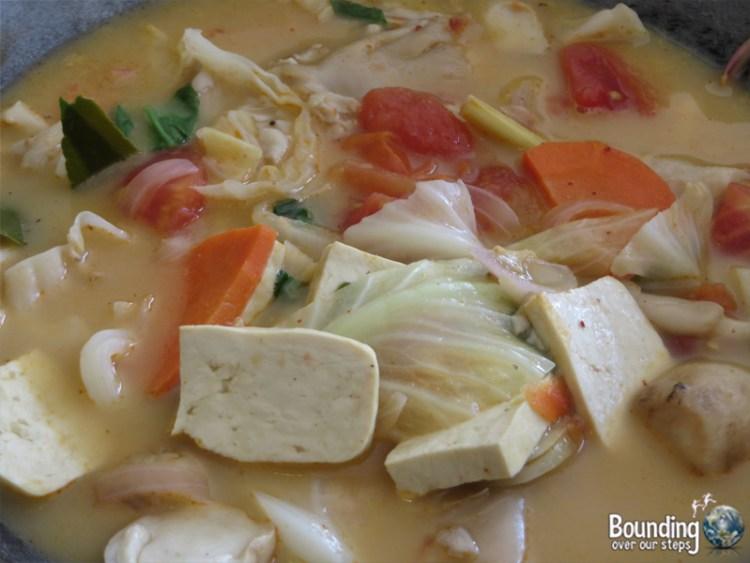 Vegetarian Cooking Class - Anchan Restaurant - Tom Yum Soup