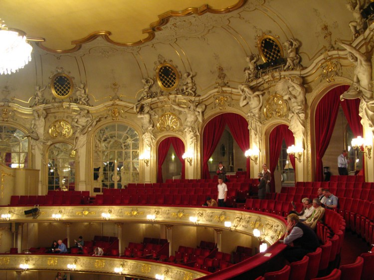 Unusual Classrooms - Komische Oper Berlin