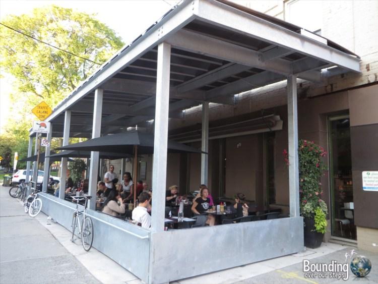 Fresh Vegetarian Restaurant - Patio