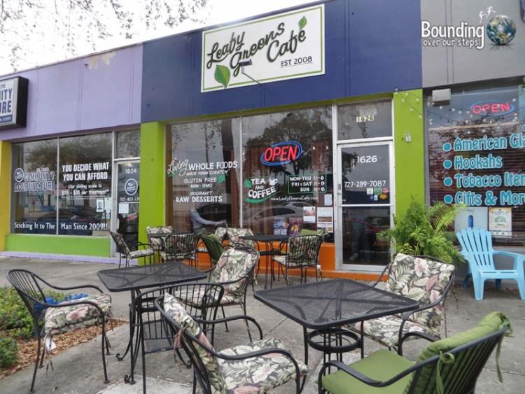 Leafy Greens Cafe - Raw Vegan - Patio