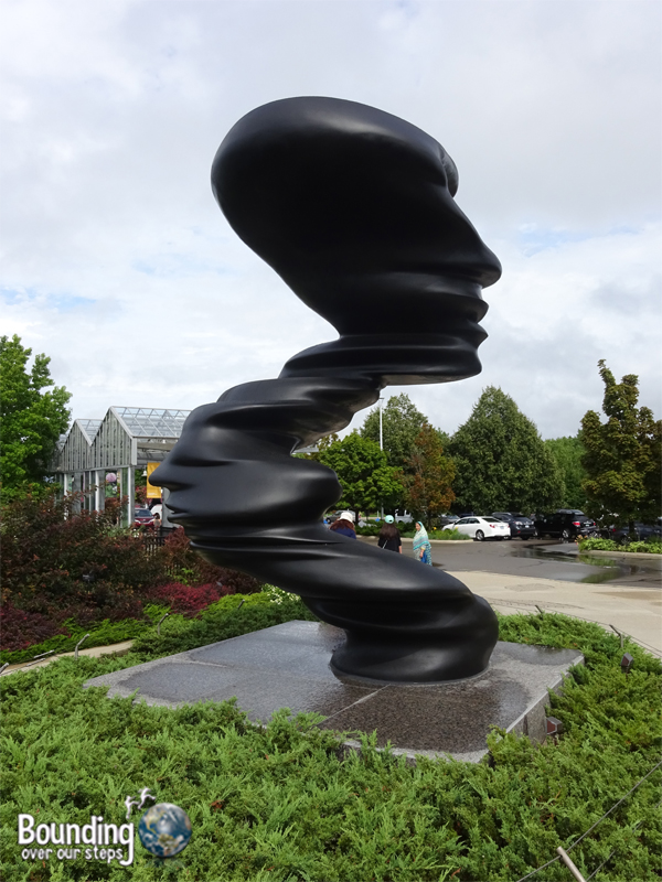 things-to-do-in-grand-rapids-sculpture-park