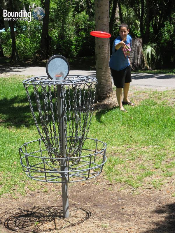 Lesbian Things To Do In Dunedin - frisbee golf
