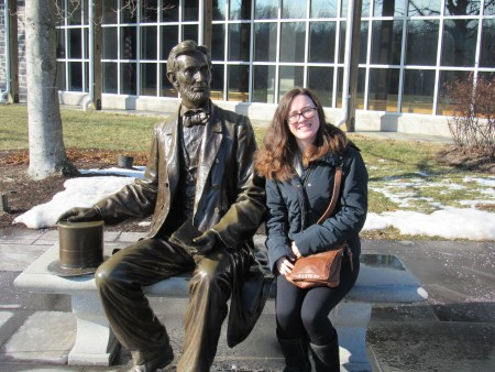 Gettysburg Visitor Center with Abe Lincoln statue