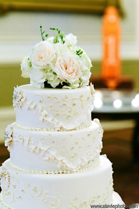 Custom designed cake by The Driskill Hotel