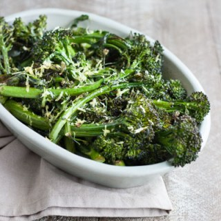 Easy Roasted Broccolini | BourbonandHoney.com -- This easy Roasted Broccolini is a super simple side dish recipe for weeknight dinners, brown bag lunches or snacking right from the sheet pan!