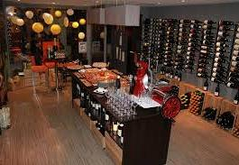 Bar à vins « Laffine »  (à 72 kms)