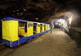 La mine bleue (à 243kms)