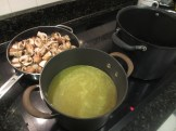 Chicken stock and mushrooms