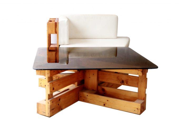 Table basse et fauteuil en salon by Mable Agbodan 6V6A6522