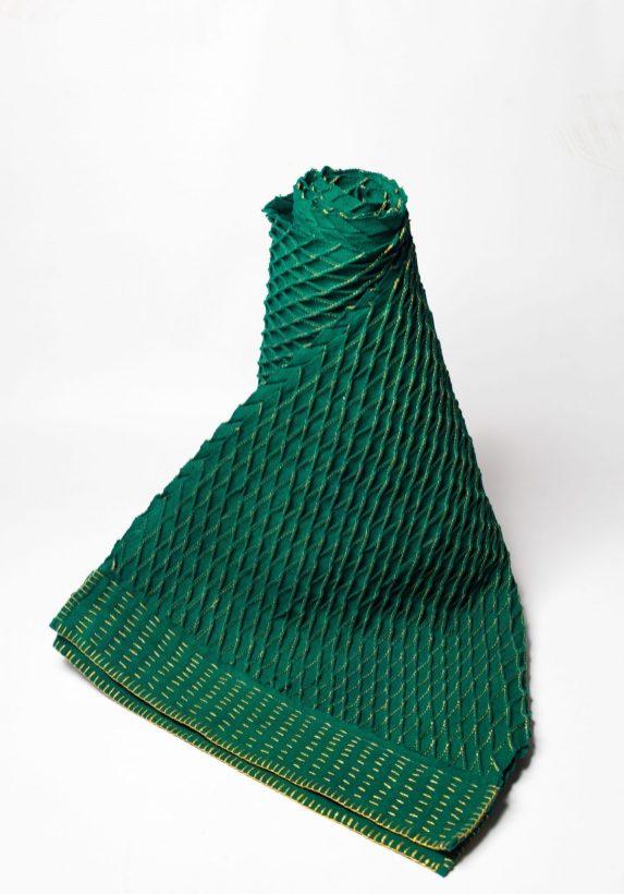 Echarpe en coton brodée by Mablé Agbodan _ IMG_6399
