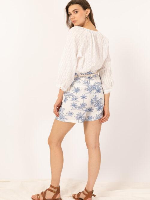 מכנסיים קצרים בהדפס דקלים כחול