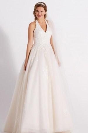 robe de mariée coupe princesse, style romantique, tendnace 2021 dentelle perlée et tulle